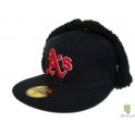 CZAPKA USZATKA NEW ERA OAKLAND ATLETICS RED